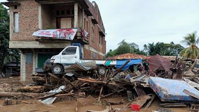 Update Korban Meninggal Bencana di NTT Bertambah Jadi 128 Orang, 72 Hilang