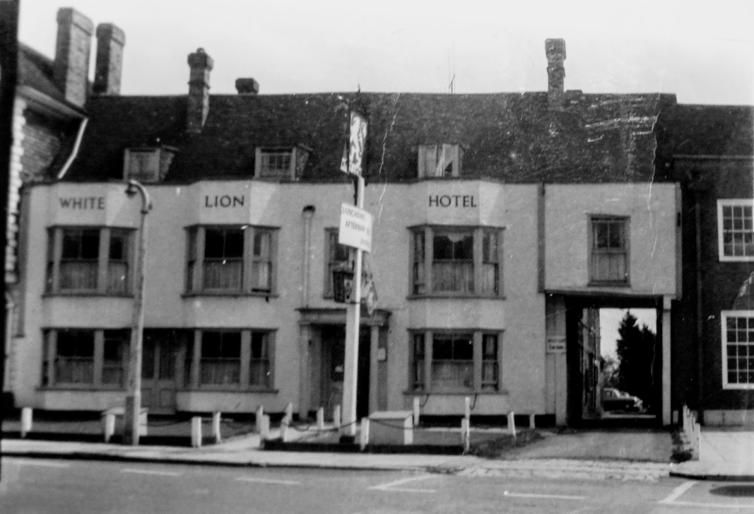 White Lion Hotel, Tenterden High Street 1964