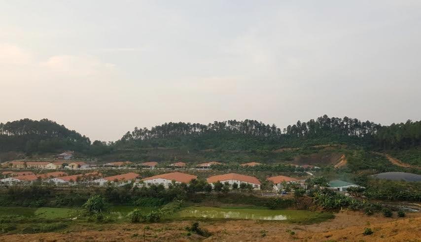 trại của Công ty TNHH Đại Thành Lộc được xây dựng khép kín.