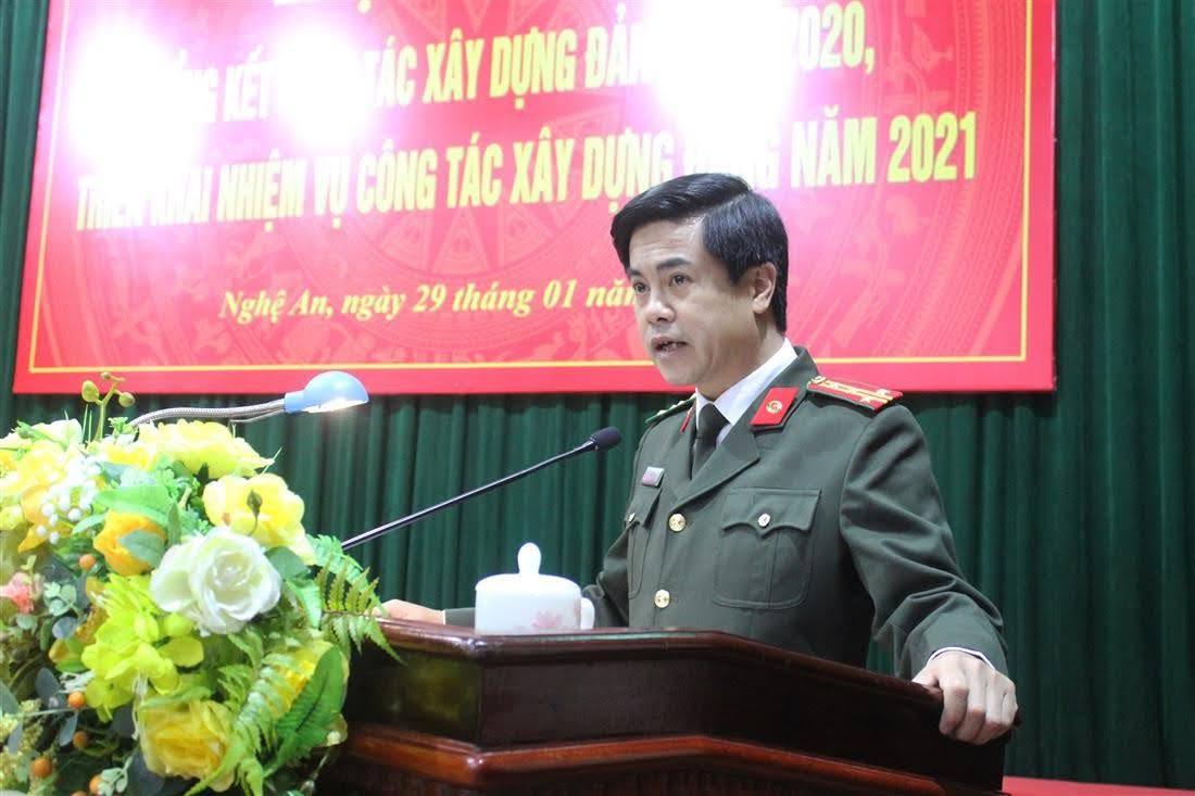 Đồng chí Đại tá Nguyễn Đức Hải – Ủy viên BTV Đảng ủy, Phó Giám đốc Công an tỉnh báo cáo tóm tắt công tác xây dựng Đảng năm 2020.