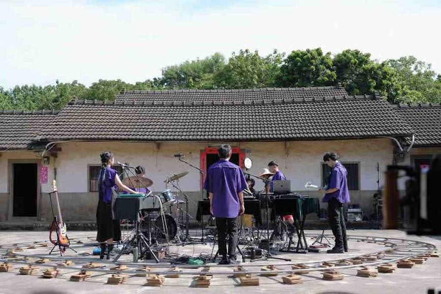 落差草原 WWWW 以台灣史前文化遺跡為靈感 推最新單曲《黑夢》