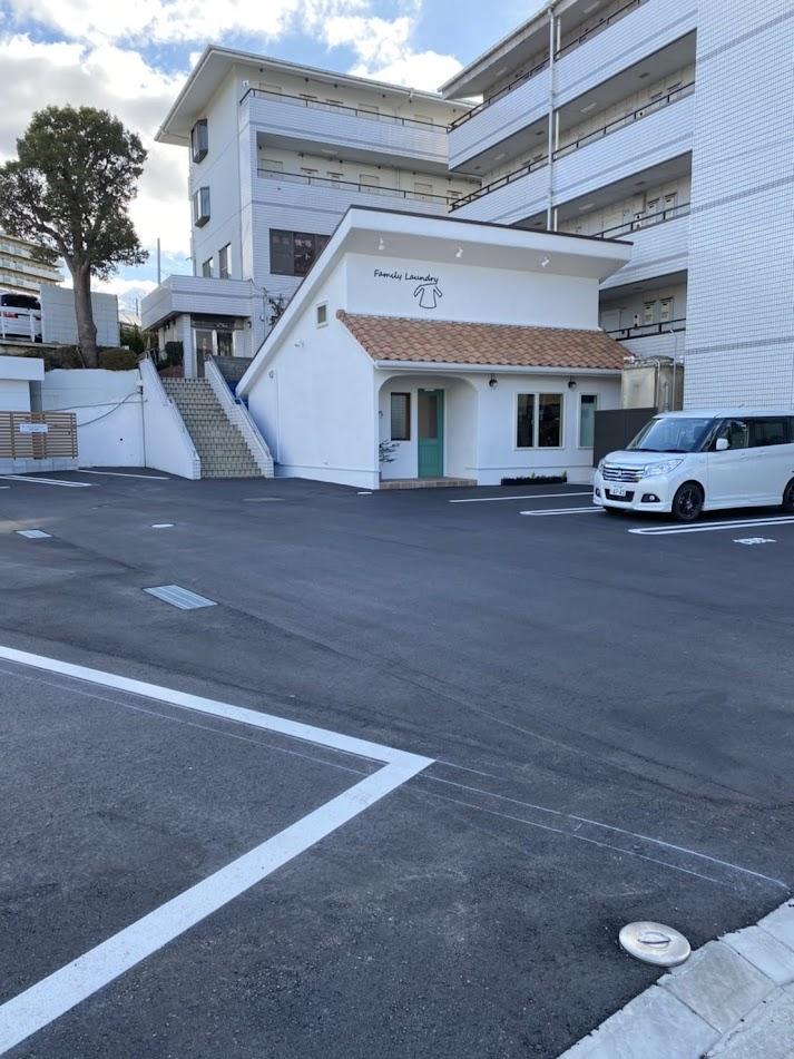 コインランドリー駐車場