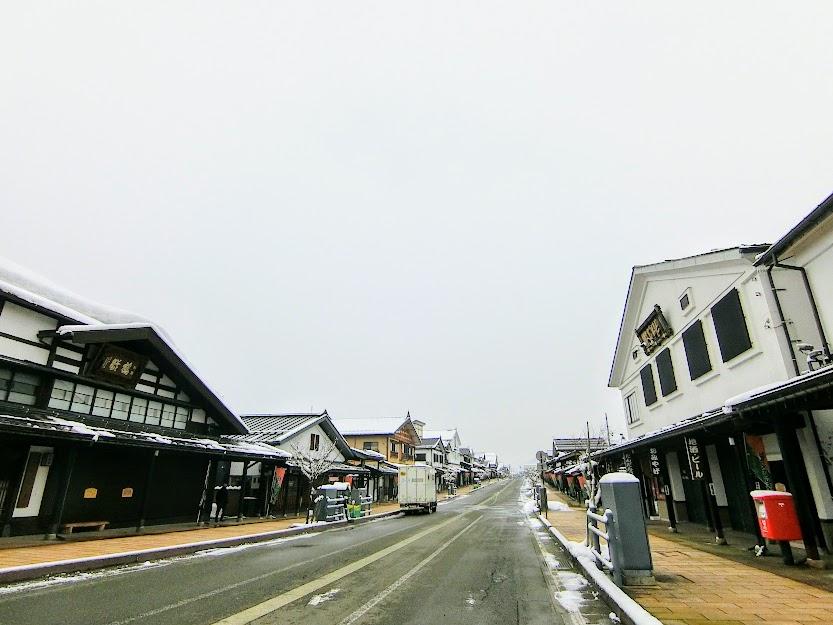 塩沢宿牧之通り