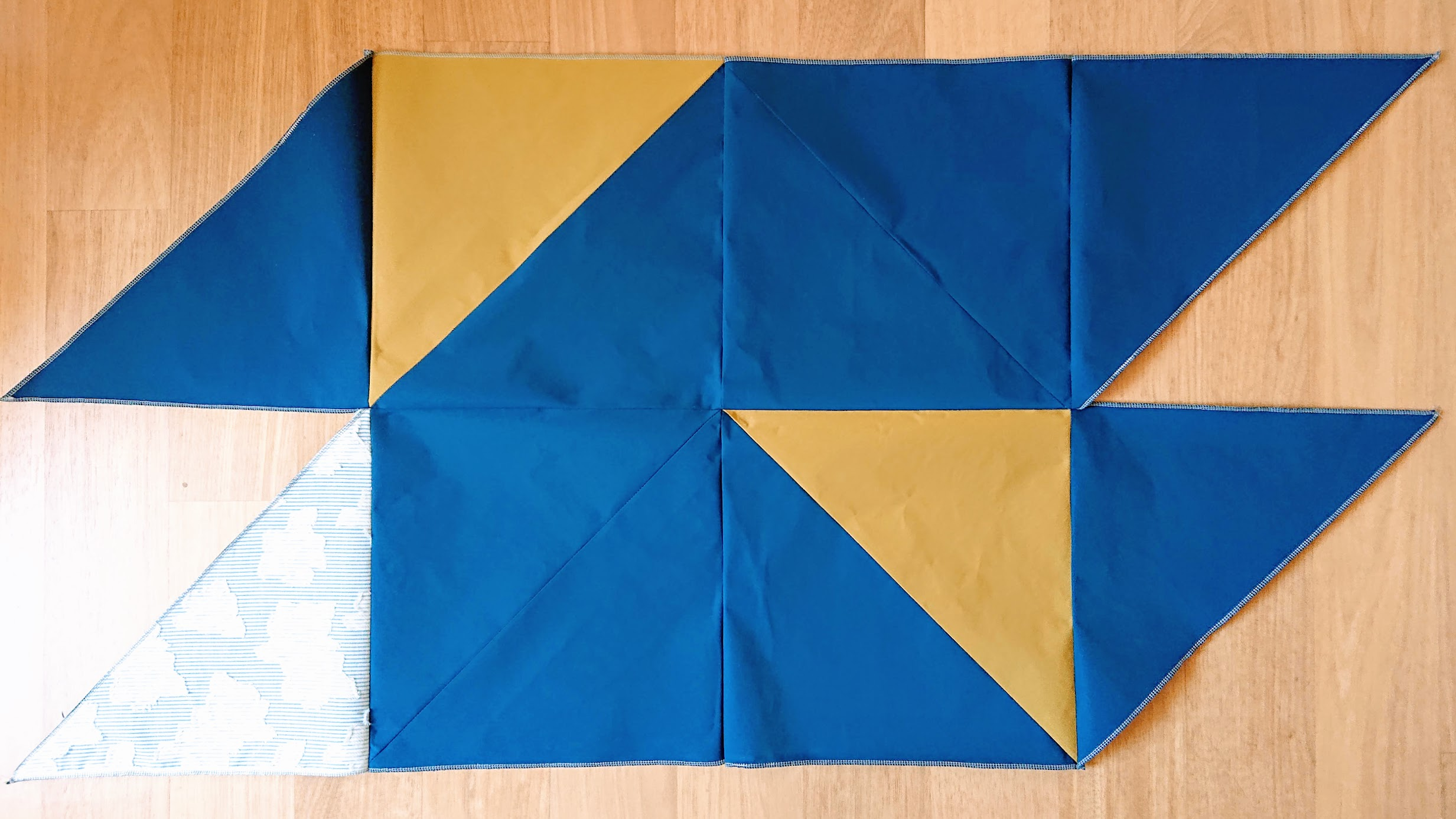Assembling Triangles for 6-Square Origami Top | FAFAFOOM STUDIO