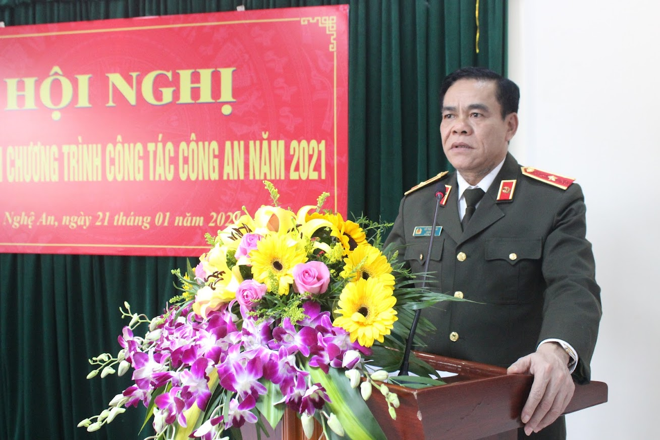Đồng chí Thiếu tướng Võ Trọng Hải, Ủy viên BTV Tỉnh ủy, Bí thư Đảng ủy, Giám đốc Công an tỉnh phát biểu chỉ đạo tại Hội nghị