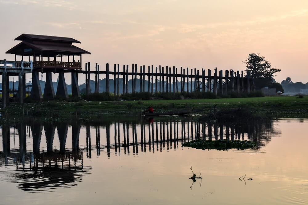 u bein bridge mandalay myanmar burma.jpg