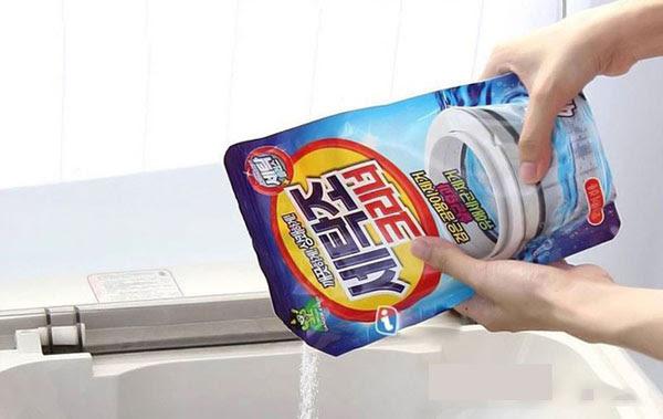 bột vệ sinh chuyên dụng cho máy giặt