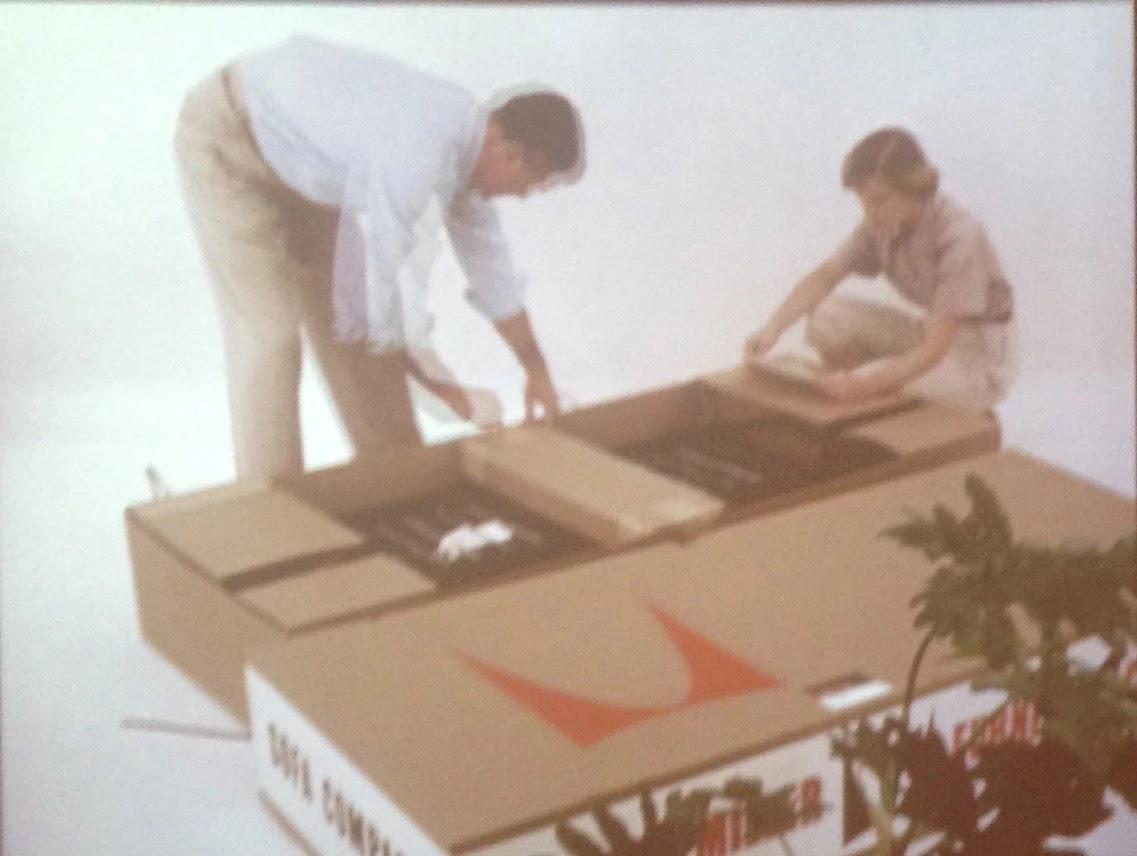 Пример упаковки дивана братьев Имс