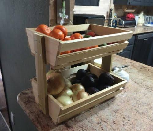 kệ gỗ nhà bếp