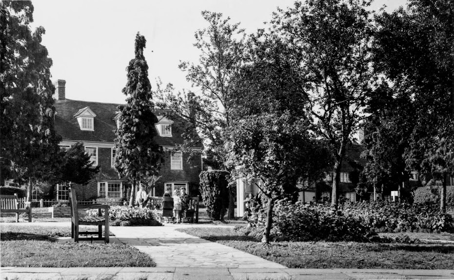 East Cross Gardens and The Fairings, Tenterden