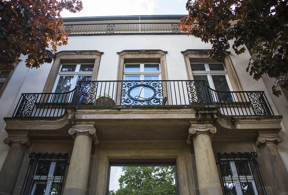 Вилла Шрёдер в районе Линденталь, балкон