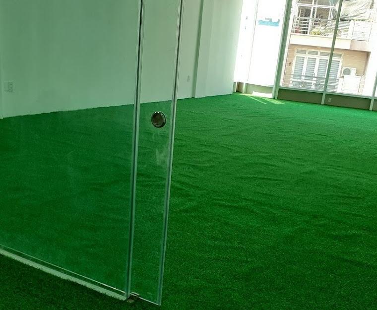 Trang trí không gian chật chội và chật hẹp với Cỏ nhựa nhân tạo thiết thực