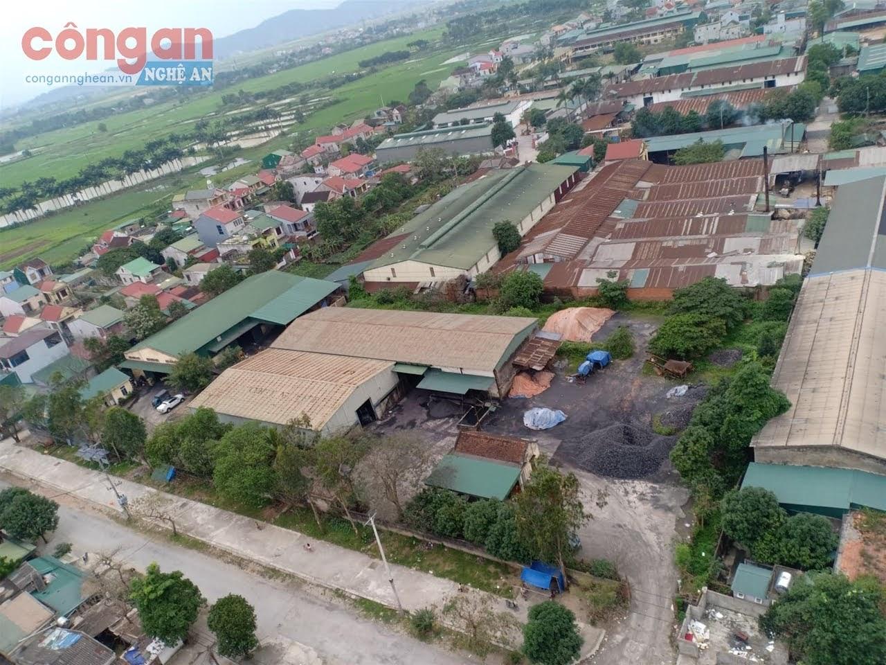 CCN Đông Vĩnh hiện nay nằm trong khu dân cư cần được                   di dời sớm