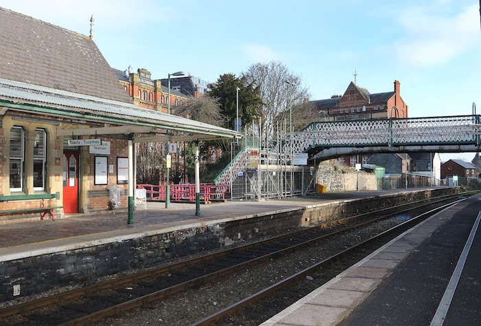 Station ticket machines needed listed building consent