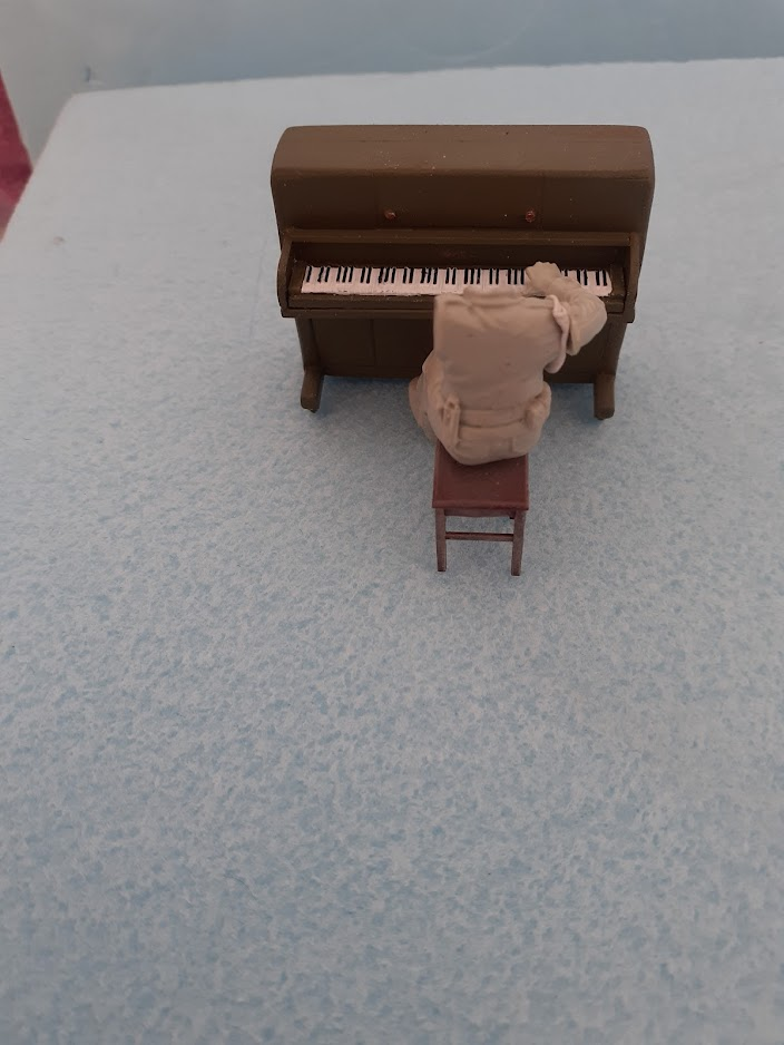 Piano Set Miniart ACtC-3fEyn_64AmhHXFRugP1_Dwb9sdaBnSJqJPeHkPCMRVg06b0KVr6gJTbVgyxI3--cMtIAl5YupsZZCxec7noxnubxSH_U-ugFq7QZQrbJKMDEdVb2u71jgX9Zx89P0w6JSJqW1ugur0kx4jFWvkUXbLnOQ=w704-h938-no?authuser=0