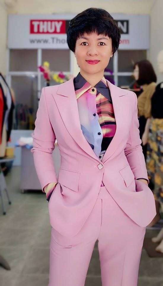 Bộ áo vest nữ mix quần baggy ông côn màu hồng V728 thời trang thủy đà nẵng