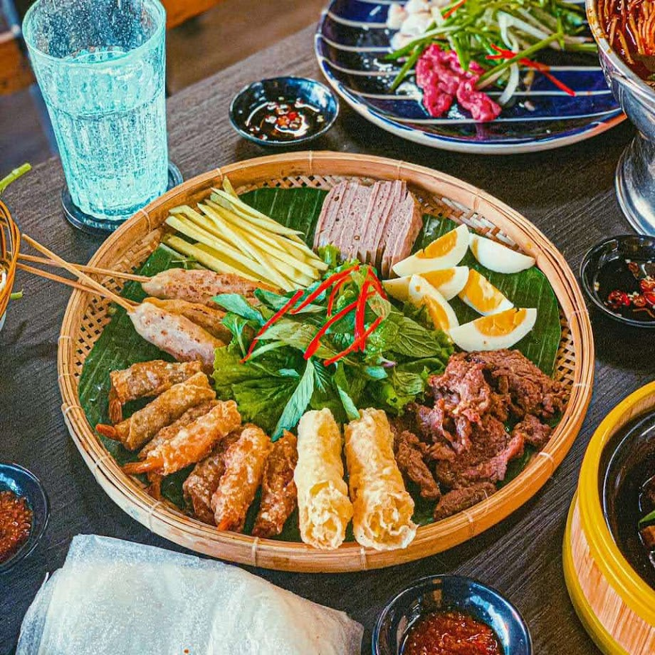 Bò lên nia Phổ Ngư ở Thành Thái quận 10