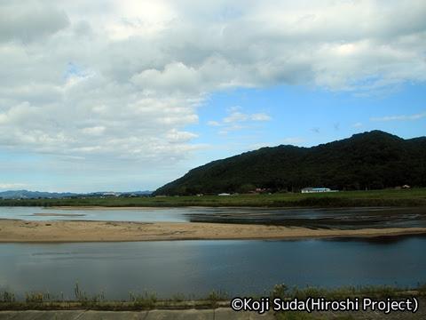 一畑バス「みこと号」 ・781_13 斐伊川沿いの風景
