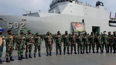 Kapal Perang, KRI Banjarmasin-592 Angkut 'Pasukan Setan' Menuju Papua