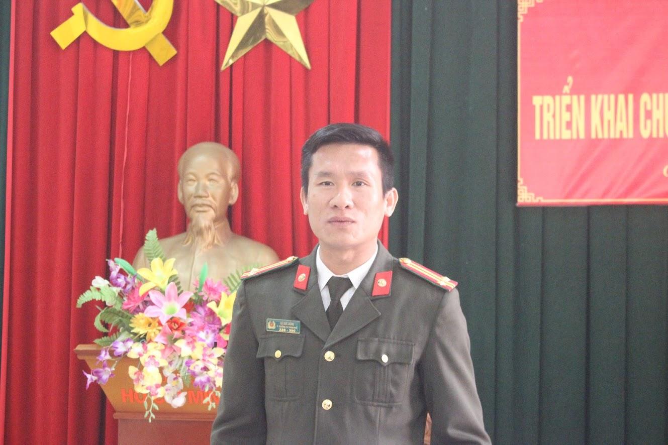 Trung tá Lê Đức Dũng, Phó Trưởng Công an TP Vinh phát biểu chỉ đạo hội nghị