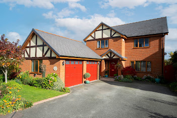 £310,000 for Arddleen property