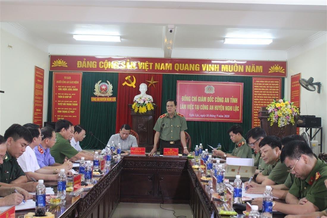 Đồng chí Thiếu tướng Võ Trọng Hải, Giám đốc Công an tỉnh phát biểu chỉ đạo tại buổi làm việc.