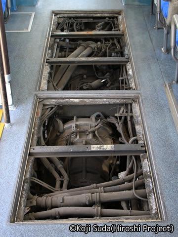 JRバス関東 白河 ボルボ連節バス エンジン
