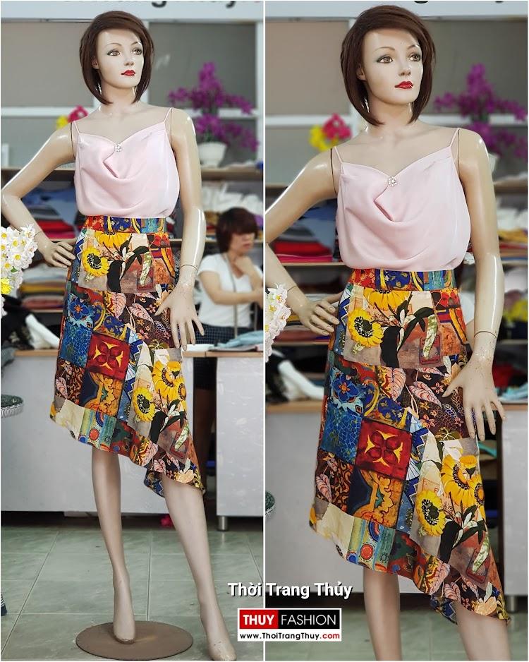 Áo hai dây và chân váy xòe vạt lệch dạo phố V714 thời trang thủy hà nội