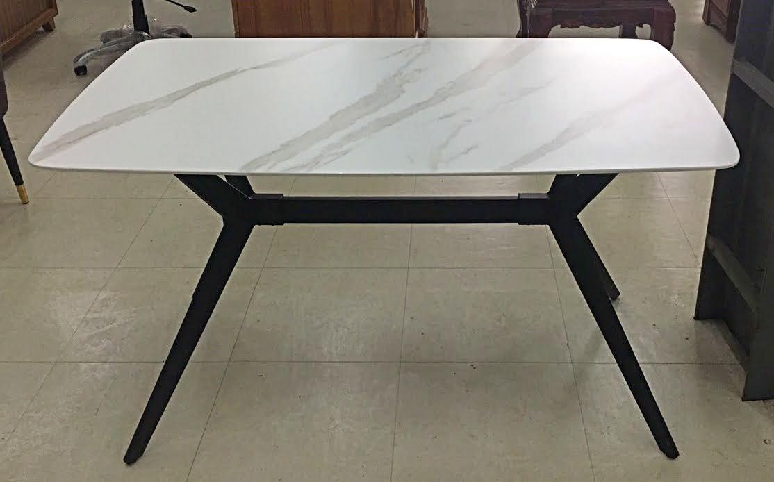 749-27 幻煙 白岩板餐桌
