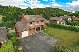 Detached Guilsfield home