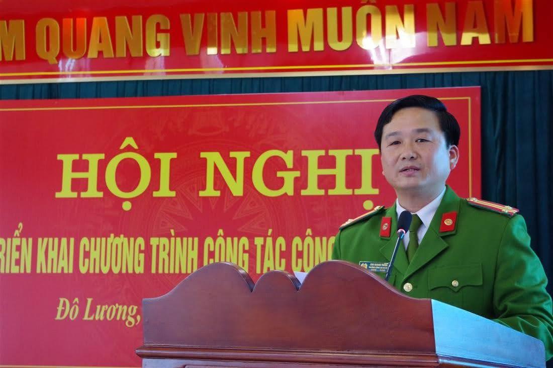 Trung tá Chu Quang Thành, Bí Thư Đảng ủy, Trưởng Công an huyện khai mạc hội nghị