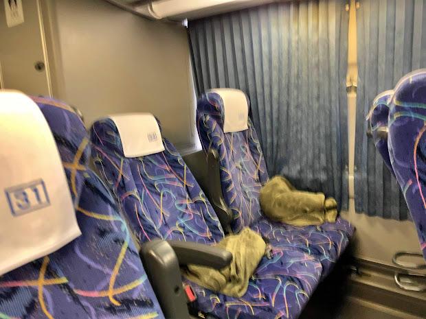 岩手きずな号の2列シート(岩手県北バス)