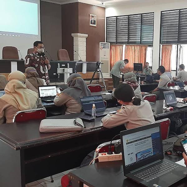 Bimbingan Teknis Optimalisasikan Pelayanan Informasi Publik