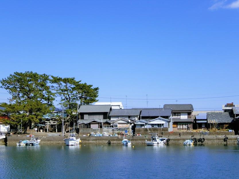 太平洋に浮かぶ重伝建の島『出羽島』