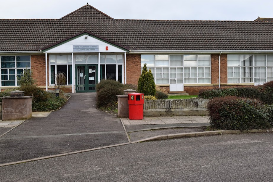 Vaccinate Powys teachers ASAP!
