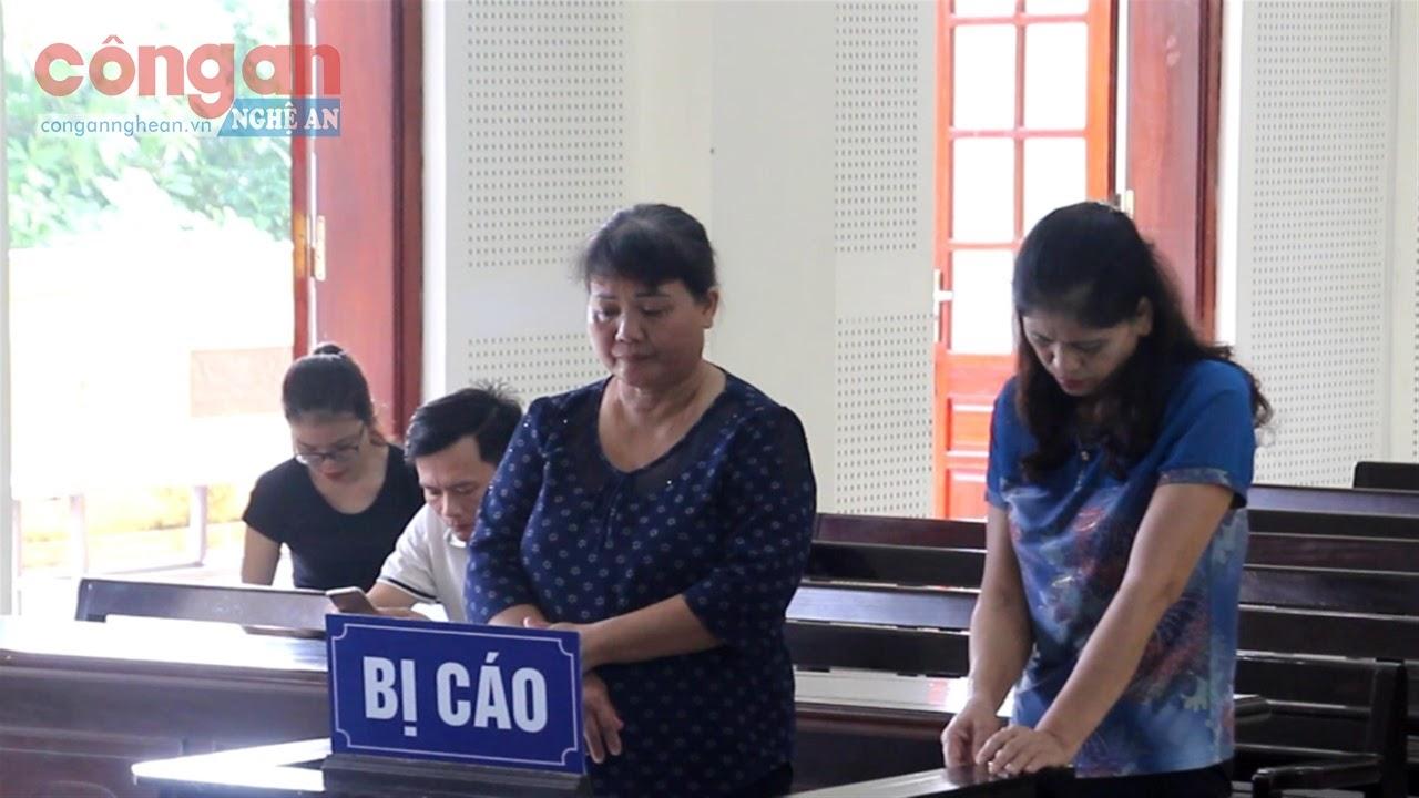 Hai bị cáo Lê Thị Tư và Đậu Thị Tân