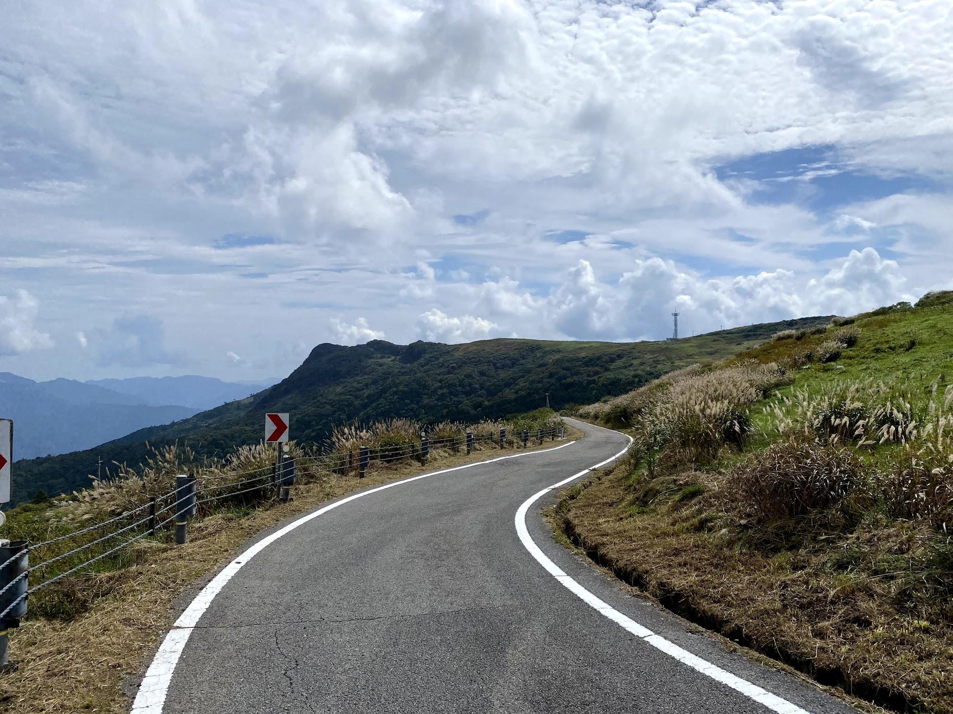 美川峰の先