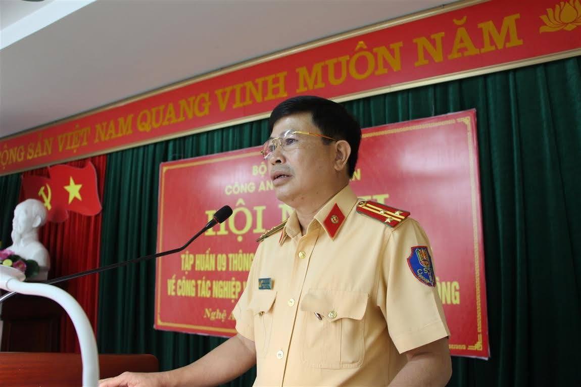 Thượng tá Nguyễn Nam Hồng – Phó trưởng Phòng CSGT tập huấn các Thông tư mới Bộ Công an về lĩnh vực TTATGT