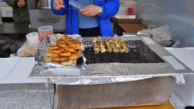 海産物の串焼き