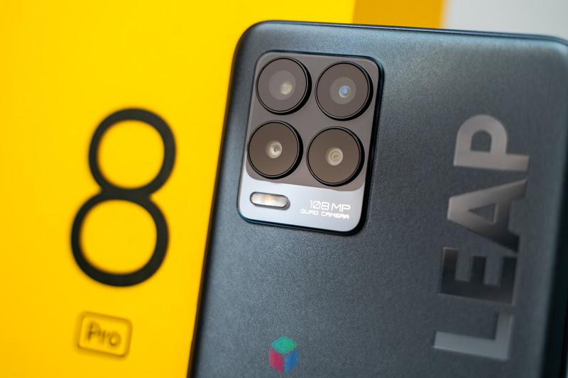 Quad Camera 108MP trên Realme 8 Pro