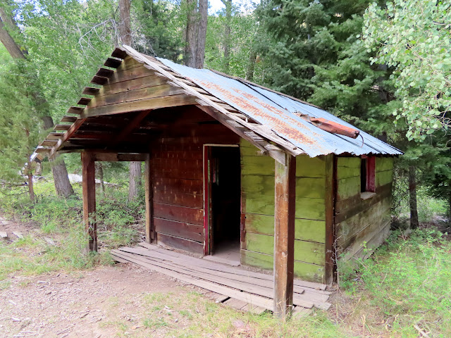 Cabin at Miner's Park