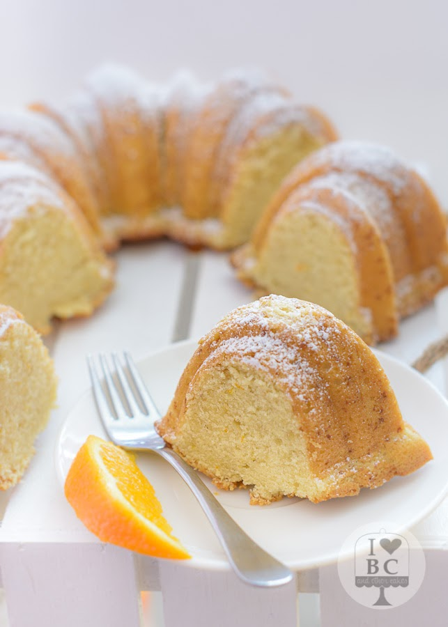 Bundt Cake de naranja y almendra