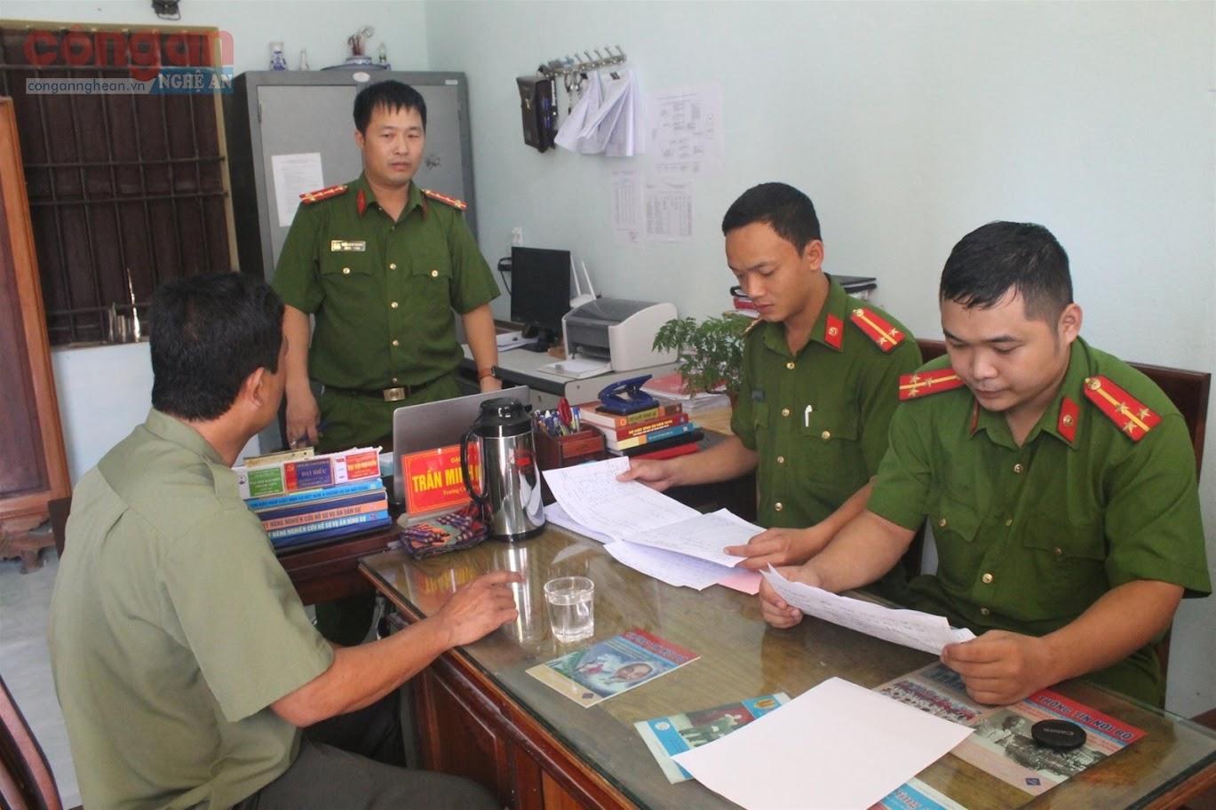 Công an xã Quỳnh Văn họp triển khai kế hoạch  Tháng hành động phòng, chống ma túy