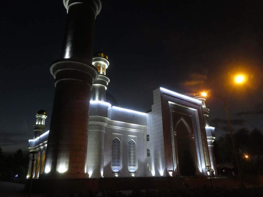 Viajar no Cazaquistão