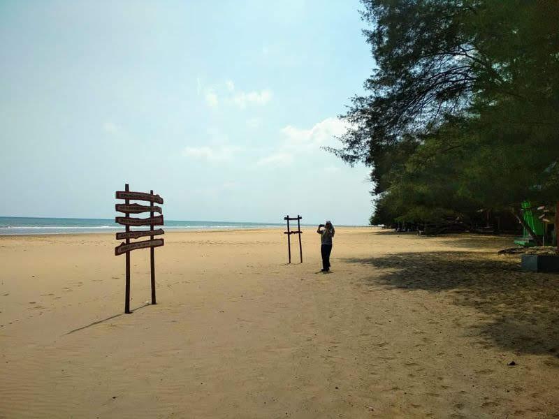 7 Wisata Pantai Di Madura