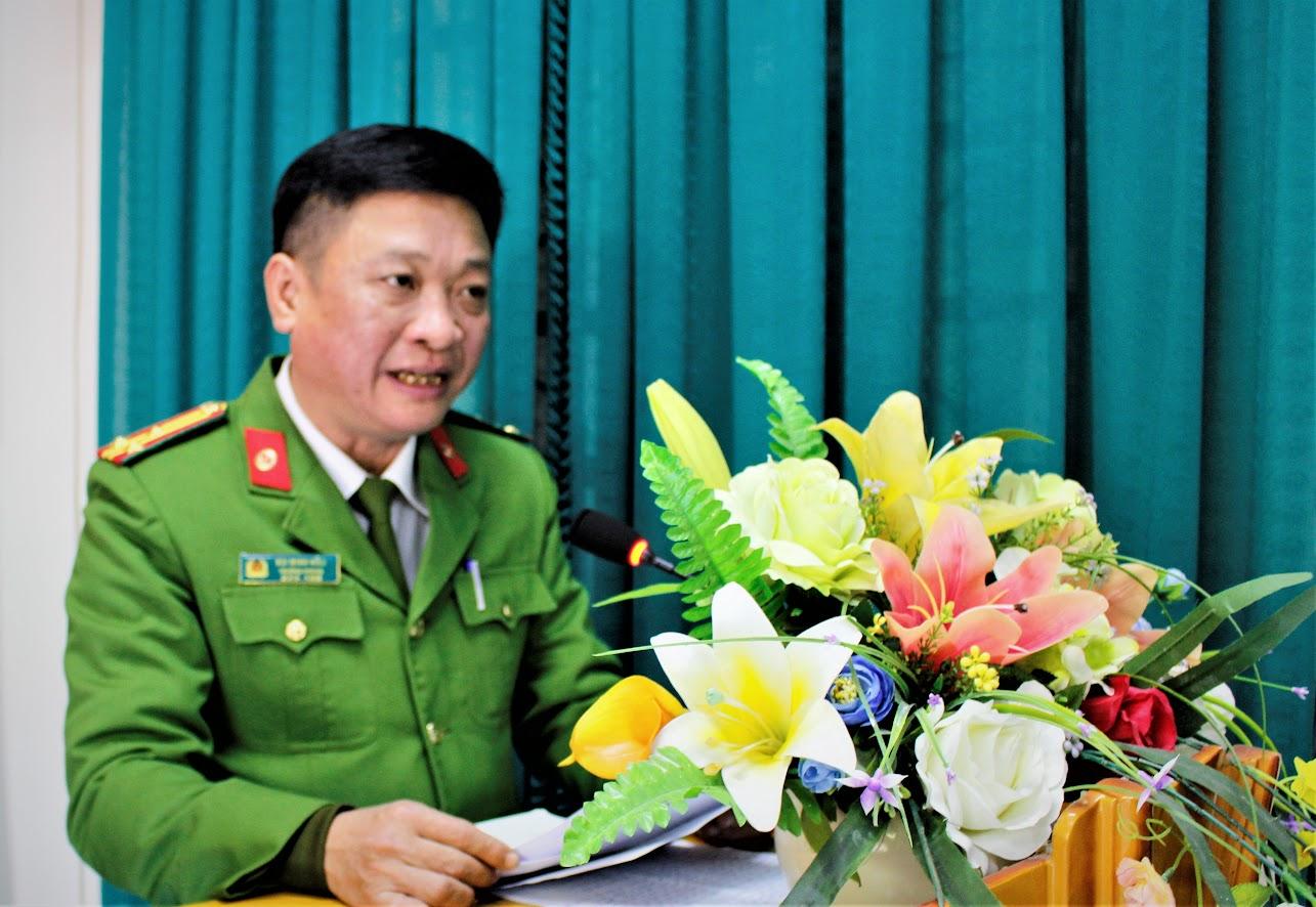 Thượng tá Bùi Minh Hiếu, Trưởng phòng Kỹ thuật hình sự phát biểu tại Hội nghị