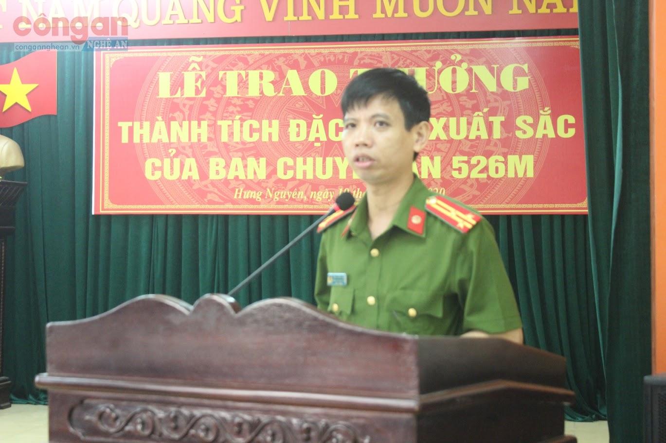 Đồng chí Thượng tá Trần Hướng Nam phát biểu tại lễ trao thưởng