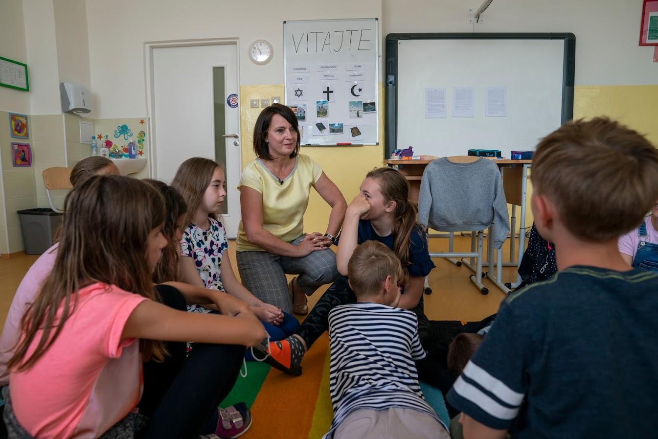 Iveta Barková so žiakmi