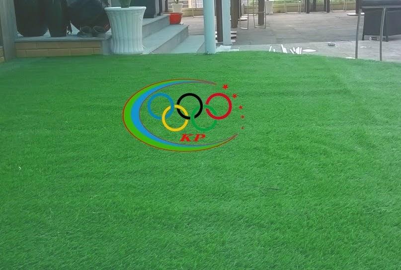 Sản phẩm trang trí  được cho  đi đầu là Thảm sân golf