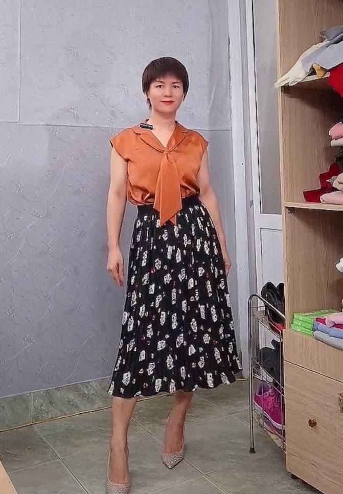 áo bám vai và phối đồ 2 kiểu váy xòe midi v763 thời trang quảng ninh